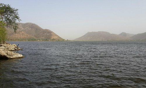 The Siliserh Lake