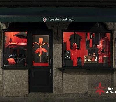 Punto de información y Concept Store de Flor de Santiago.