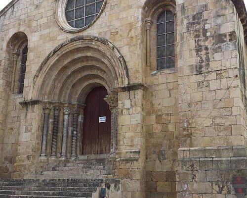 Igreja Santiago, Praça do Comércio, Coimbra.