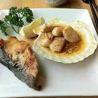 Cod with scallops.