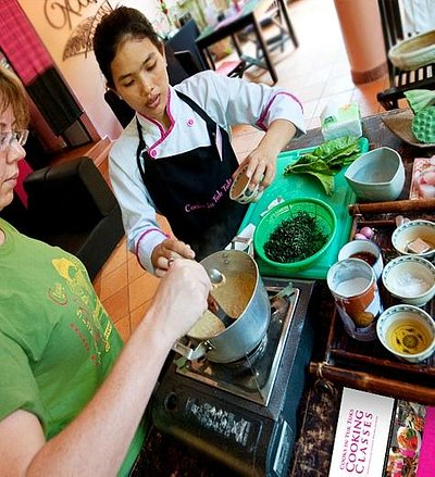 Cooks in Tuk Tuks Cooking Class in full swing