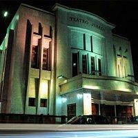 Fachada del Teatro Juares