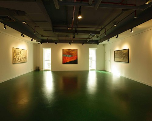 Sovereign art gallery Dubai