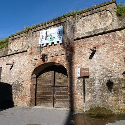 L'ingresso delle mura di Pizzighettone