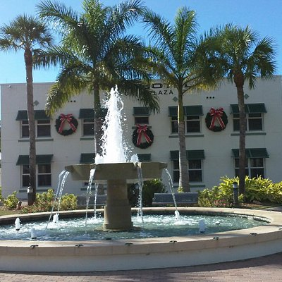 Fountain in front of the Historic Liles Hotel
