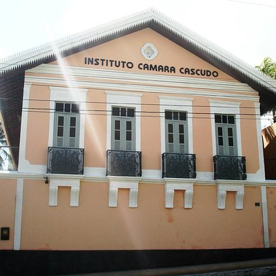 Fachada do Instituto Câmara Cascudo