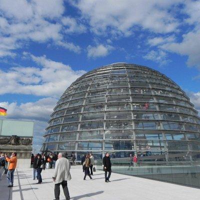 Tour zur Glaskuppel Reichstagsgebäude