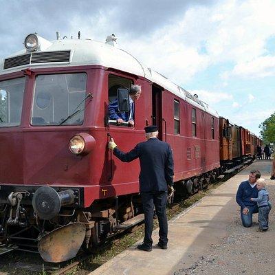 Veterantoget er ankommet til Korinth - The heritage train has arrived in Korinth