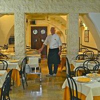 Interior & Chef