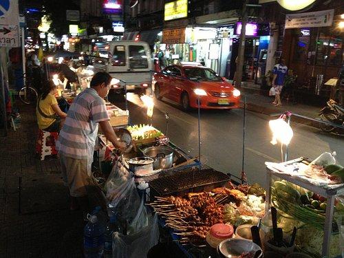 Street Vendors Nana Soi 4
