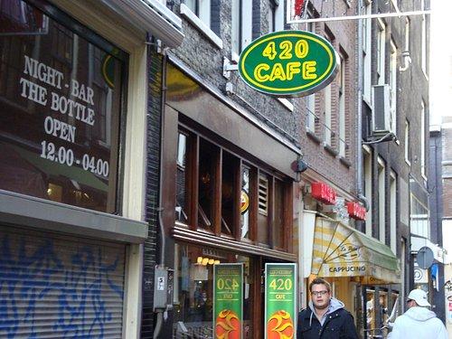 de rokeriij (420 cafe)