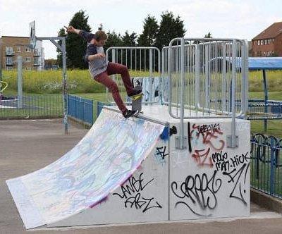 Skate park and Teenage Park