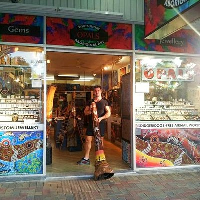 Whitsunday Opals, Didgeridoos & Aboriginal Art - shop front