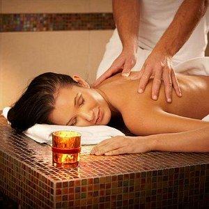 Massage treatment of Magnolia Day Spa