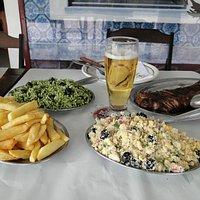 Uma das refeições mais pedidas... Arroz de Brócolis, farofa, batata frita e picanha.