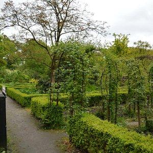 Il parco coltivato del castello
