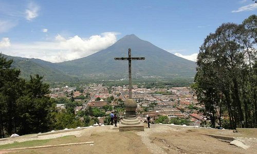 View of Antigua from Cerro de la Cruz