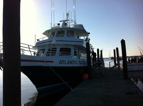 Atlantic Queen II at pier