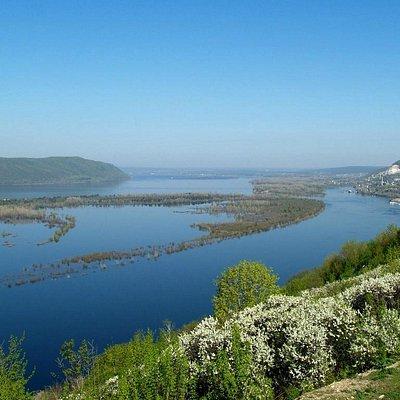 """Rio Volga, Samara - zona Norte (""""Portão de Ferro"""")"""