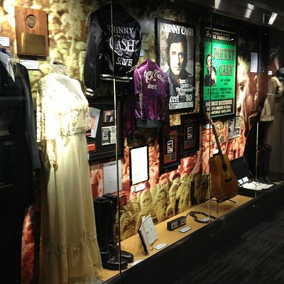 John and June's stage-worn clothing, instruments and lyrics at The Johnny Cash Museum