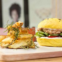 Curry bread burger