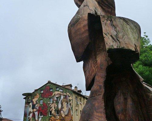 Um belo mural de história da cidade