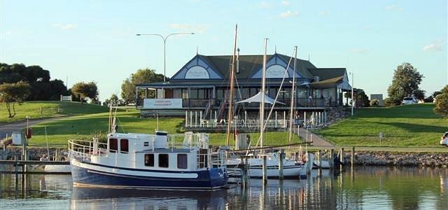 The Landing Waterfront Bistro & Bar