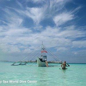 Sea World Diving Boat