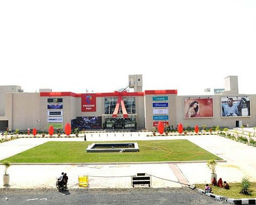 Prozone Mall-a family dhamaal zone