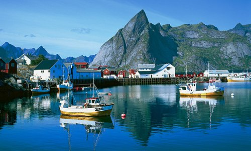 Hamnøy at the Lofoten islands. Photo: Frithjof Fure - Visitnorway.com