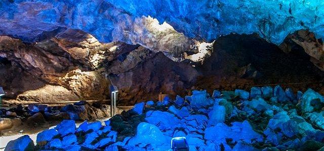 Ehemaliges Korallenriff - Neue Beleuchtung in der Iberger Tropfsteinhöhle - Foto HEZ