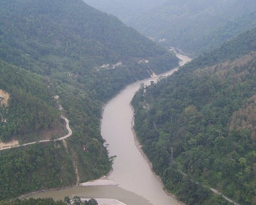 Teesta meets its tributary Rangeet here at this point