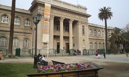 Santiago de Chile. Museo Nacional de Historia Natural. Fachada.