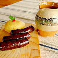 Traditional romanian smoked sousage's with polenta