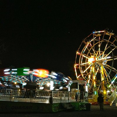 Rides opperate at night