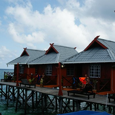 Billabong Chalet At Mabul Island