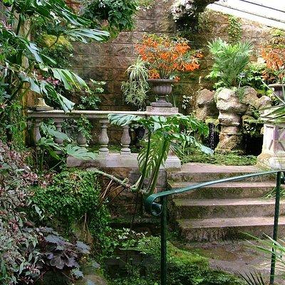 Lion Grotto