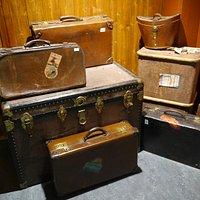 Vintage luggage, beautiful!