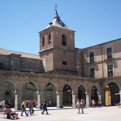 Ávila: Plaza Mercado Chico