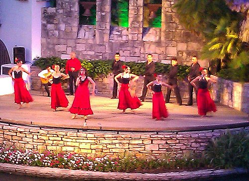 Fiesta Noche Dancers