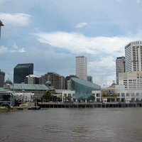 Looking back at Nawlins skyline