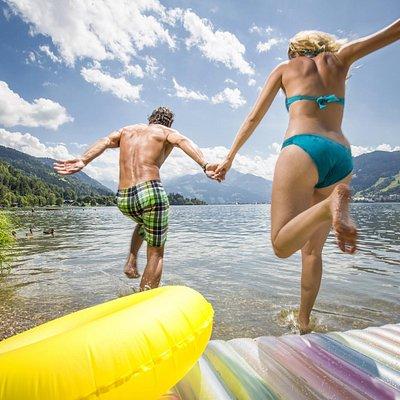 Water fun in lake Zell