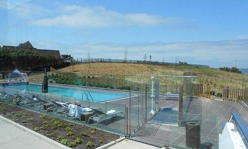 piscine extérieure de l'hôtel