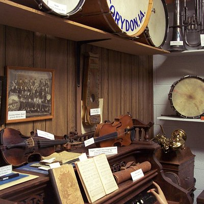 a look inside the music room