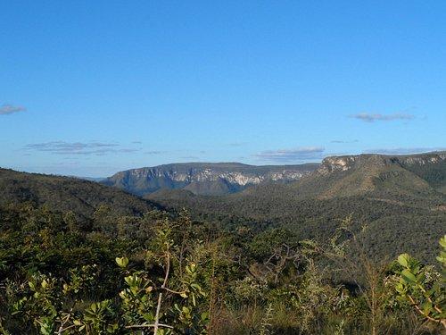 Vista da trilha vindo pela cachoeira dos cristais