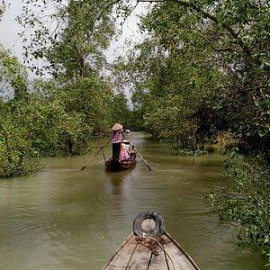 hand-rowing sampans