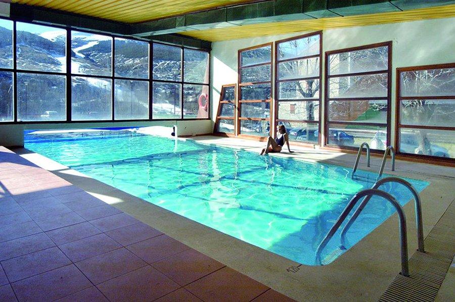 Fotos Y Opiniones De La Piscina Del Evenia Monte Alba Tripadvisor