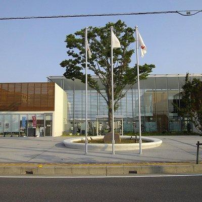 ピアラシティ交流センター入口