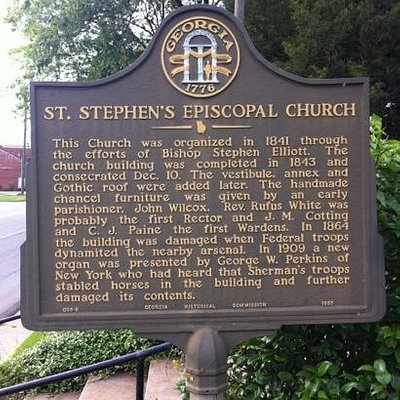 State plaque in front of the church.