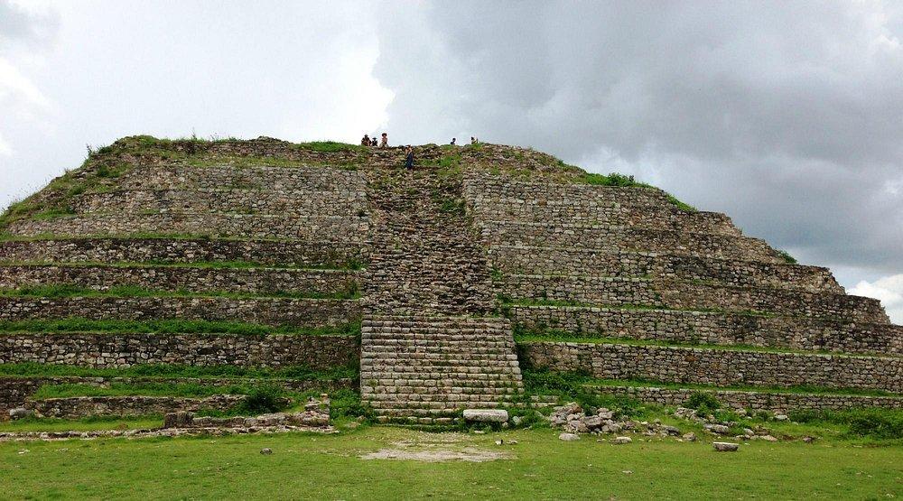Kinich Kokmo pyramid